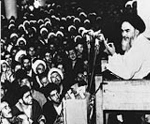 كل ما تحقق لإيران والشعب الإيراني من ثورة وعزة وكرامة من كربلاء و عاشوراء
