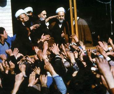 هذه الثورة المجيدة تمكنت من قطع أيادي المستغلين والظالمين بالتأييد الإلهي