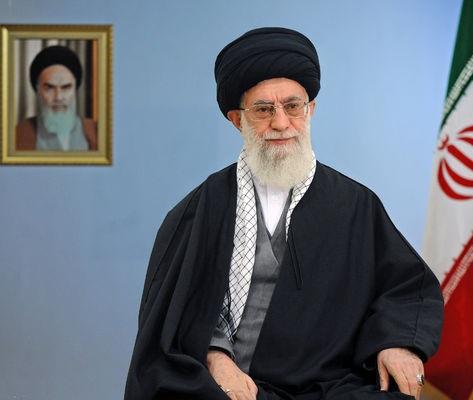 الإمام الخامنئي: شعار هذا العام «الاقتصاد و الثقافة بعزيمة وطنية و إدارة جهادية»