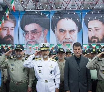 قادة القوات المسلحة يجددون العهد والميثاق مع مبادئ الامام الخميني
