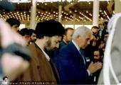 شخصيات أجنبية تزور مرقد الامام الخميني