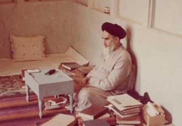 ما كانت وجهة نظر الإمام الخميني حول المفاوضات مع امريكا؟