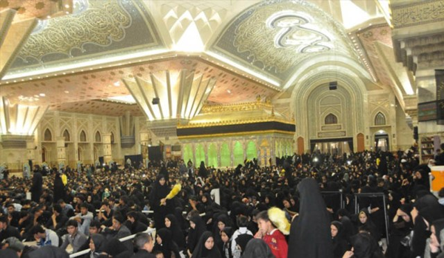 مراسم عزاء الامام الحسين عليه السلام في مرقد الامام الخميني