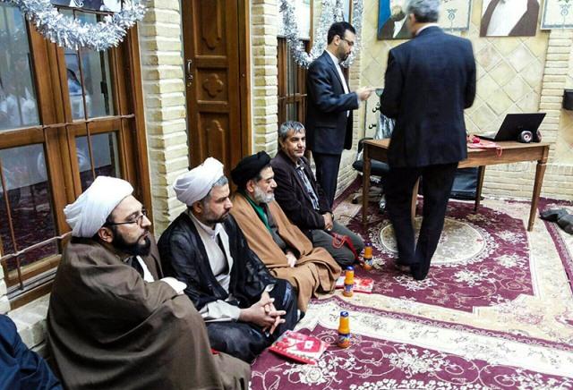 مراسم ذكرى انتصار الثورة الاسلامية في بيت الامام بالنجف الاشرف