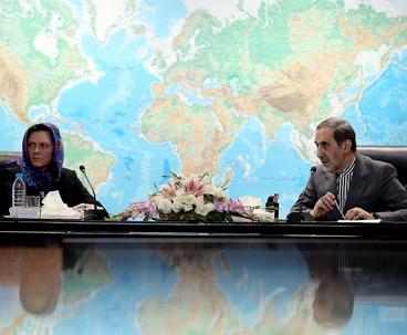 مستشار قائد الثورة: رؤية ايران مستنبطة من اهداف الامام الخميني و القيادة
