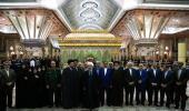 رئيس الجمهورية و اعضاء الحكومة يزورون مرقد الامام الخميني قدس سره و الشهداء