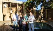 السفير الايطالي يزور بيت الامام في خمين