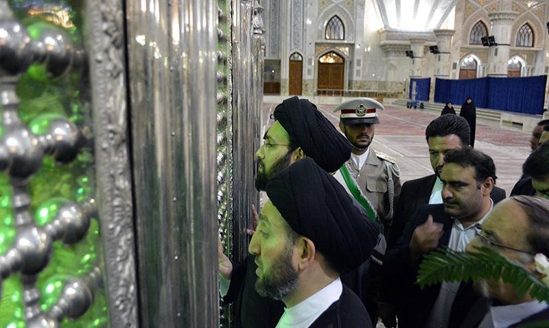 رئيس المجلس الاسلامي العراقي الاعلى يزور مرقد الامام الخميني قدس سره