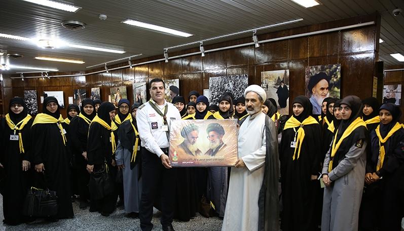 عدد من مدرسي التربية و التعليم اللبنانيين يزورون جماران