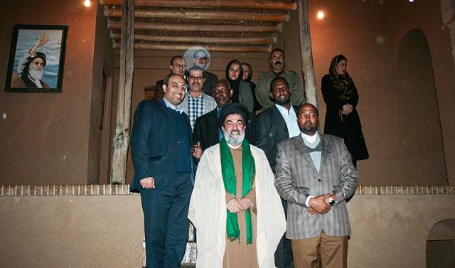 السفيرالصومالي يزور بيت الامام في خمين