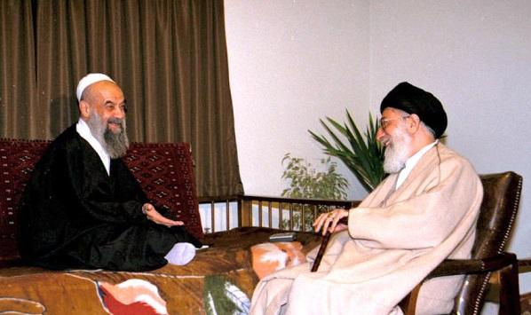الإمام الخامنئي يعزّي برحيل آية الله راستي كاشاني
