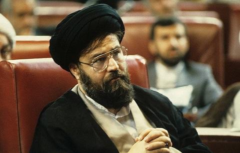 ينبغي أن يقترن إحياء ذكرى الإمام مع حماية وحفظ طريق وفكر الإمام