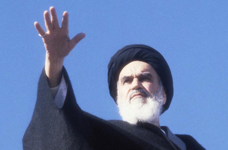 الامام الخمیني وحّد الخطاب الاسلامي