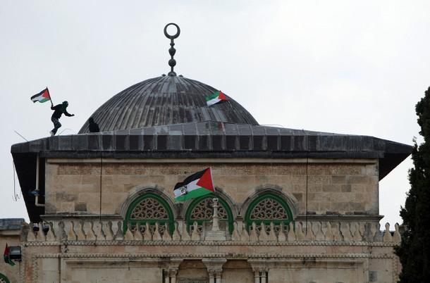 الشعب الايراني وتأسيا بوصايا الإمام الخميني واستراتيجيات الامام الخامنئي لن يسمح بإسقاط قضية فلسطين من اولوية العالم الاسلامي