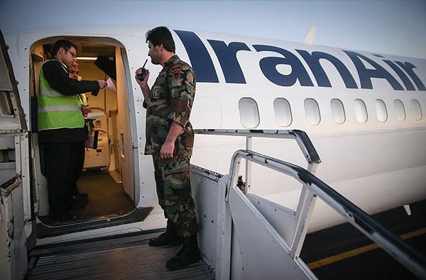 حرس الثورة الإسلامية وكما في السّابق مسؤول عن حماية الطائرات