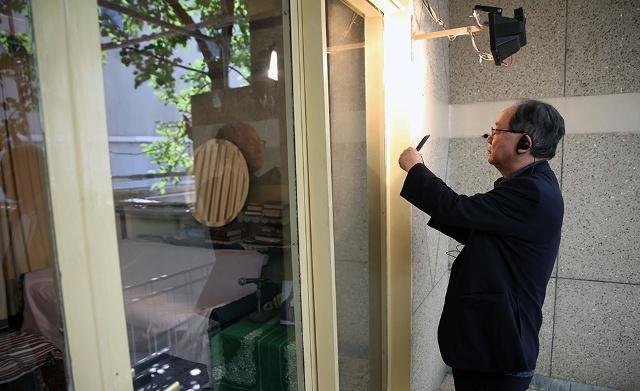 الممثل الخاص لرئیس الوزراء الیابانی و الوفد المرافق یزورون جماران