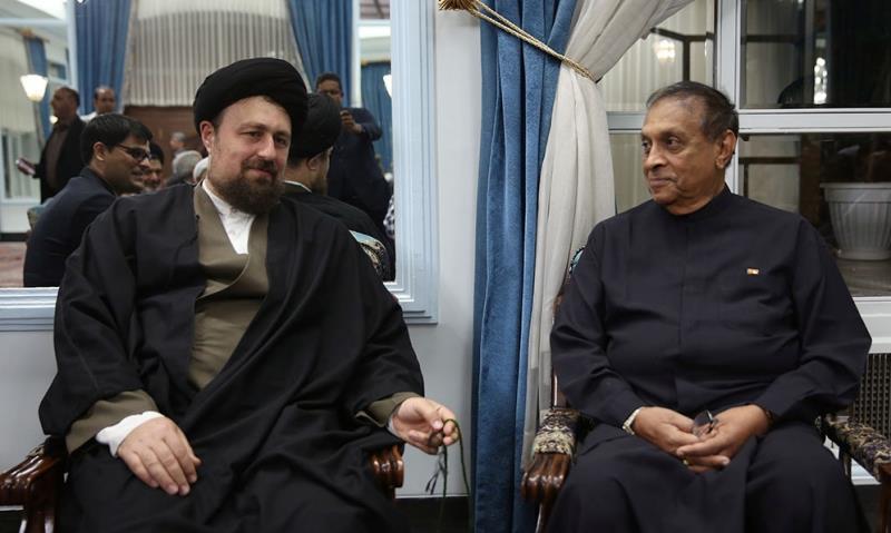 رئیس المجلس سریلانکی یلتقی سماحة السید حسن الخمینی