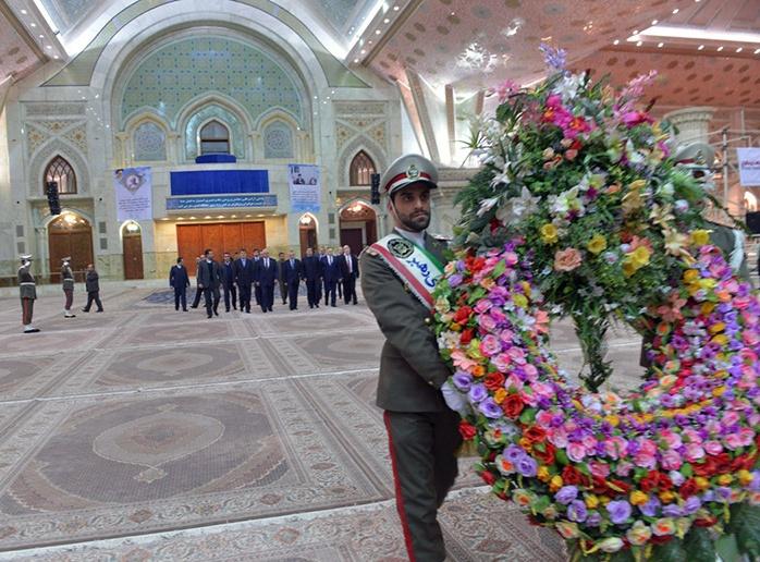 رئیس مجلس بیلاروسیا یزور مرقد الامام الخمینی