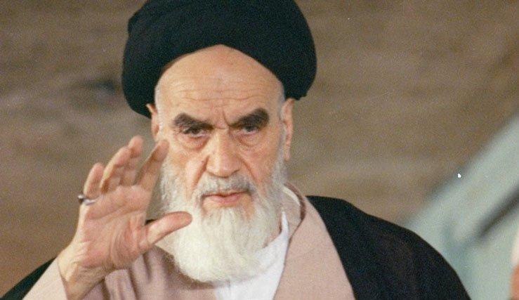 الحكومة في الدولة الإسلامية يجب أن تكون خادمة للشعب
