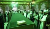اعضاء مجلس خبراء القيادة يجددون العهد مع مفجر الثورة الاسلامية