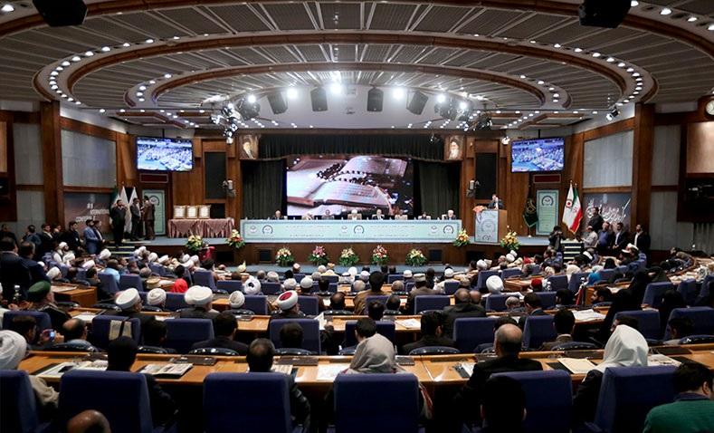 المشاركون في مؤتمر الوحدة الاسلامية يشيدون بدور الإمام الخميني في إحياء الأمة الإسلامية