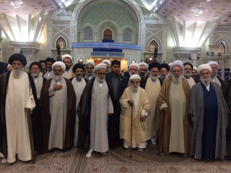 اعضاء مجلس خبراء القیادة یجددون العهد والمیثاق مع مبادئ الامام الخمینی