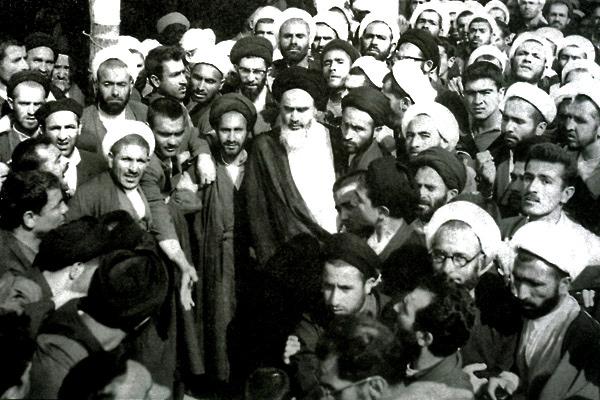 مطالبة الامام قبل أكثر من نصف قرن لتشكيل جبهة واحدة ضد الکیان الصهیونی