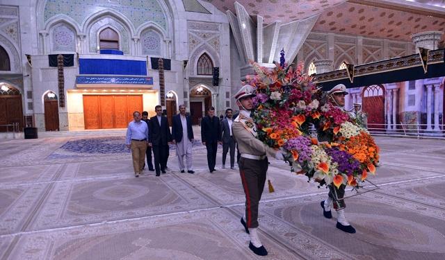 وزیر دفاع باکستان یزور مرقد الامام الخمینی