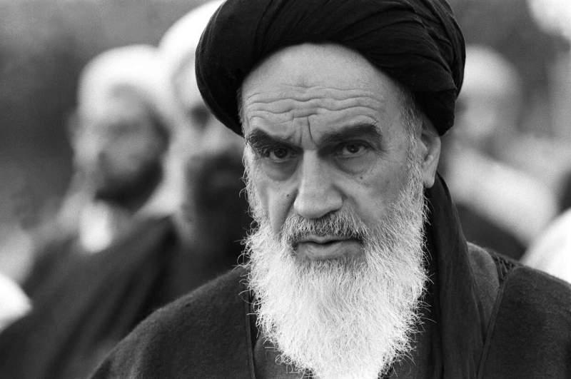 شهر خرداد إِمتزج فی ذاكرة الثورة بإسم الإمام الخمینی (رض)