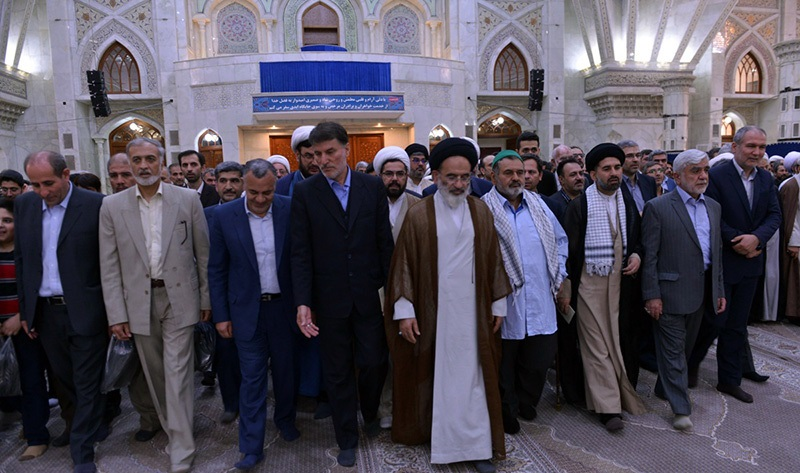 العاملون في وزارة الجهاد الزراعي يجددون العهد مع مفجر الثورة الإسلامية الامام الخميني