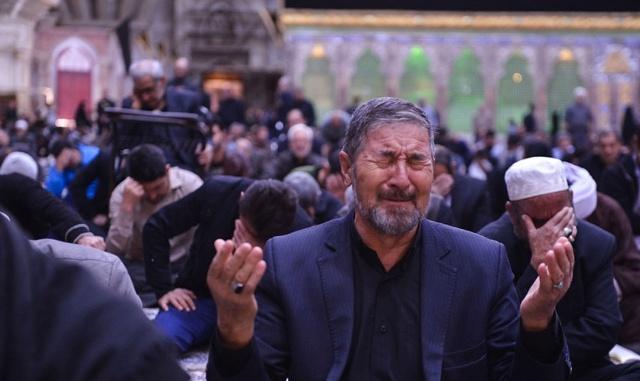 مراسم عزاء أربعينية الامام الحسين (ع) فی مرقد الامام الخمینی