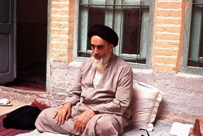 ماذا قال الشيخ محمد جواد مغنية عن الامام الخميني قدس سره الشريف؟