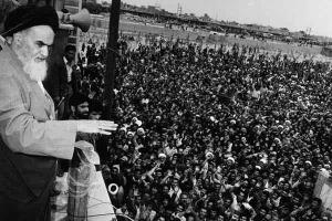 الثورة الاسلامية والحكم الديني المنبثق عنها
