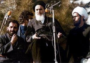 لقاء الامام الخمینی یزور مراقد الشهداء فی بهشت زهراء
