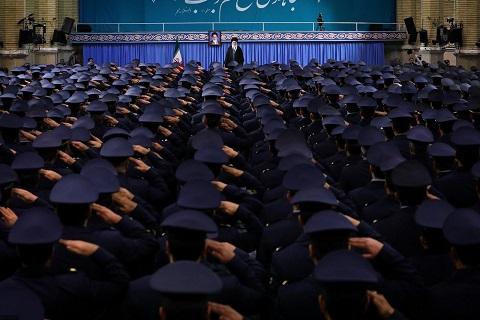 الثورة الاسلامية حقيقة حية و هي اقوى واكثر صلابة مما كانت عليه في الايام الاولى