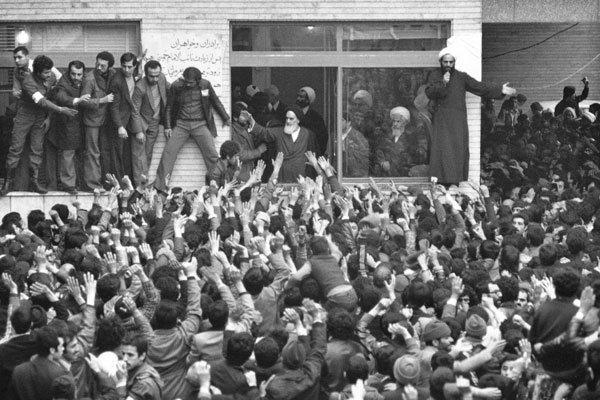 لماذا كان قلق الامام بعد الثورة اكثر من ايام النضال ضد الطاغوت؟
