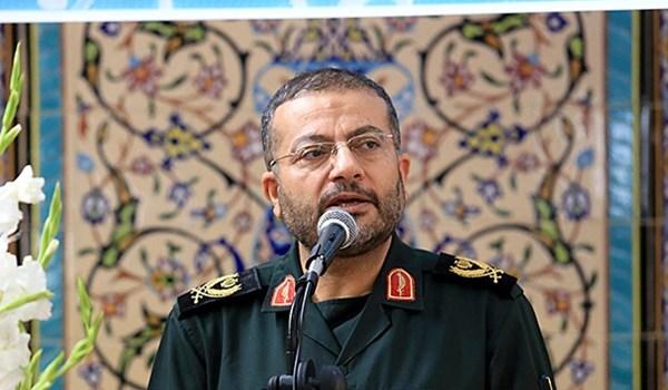 الامر الصادر عن الامام الخميني وحضور الشعب اصبح مثالا للعالم الاسلامي لتشكيل جبهة المقاومة