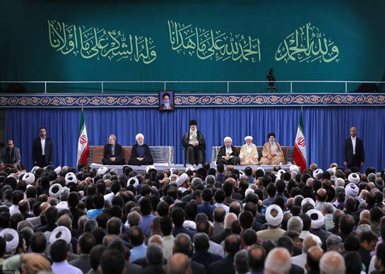 قائد الثورة الاسلامية: الشباب سيرون يوما عودة فلسطين الى شعبها