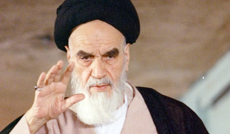 الإمام الخميني يشرح معنى رحمة للعالمين