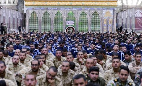 الجيش الايراني يجدد عهده مع مبادئ مفجر الثورة الاسلامية