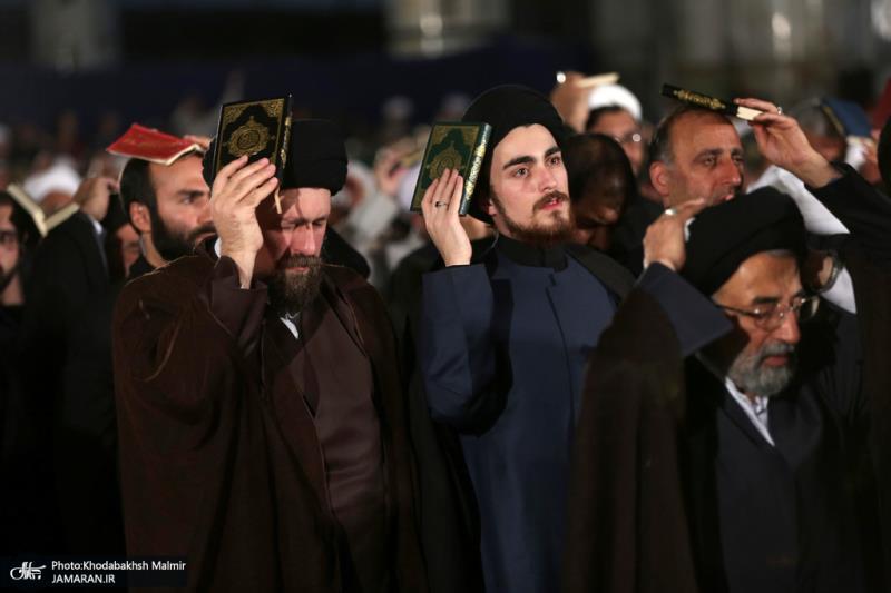 احياء ليلة التاسع عشر من شهر رمضان المبارك في حرم الامام الخميني (قدس سره)