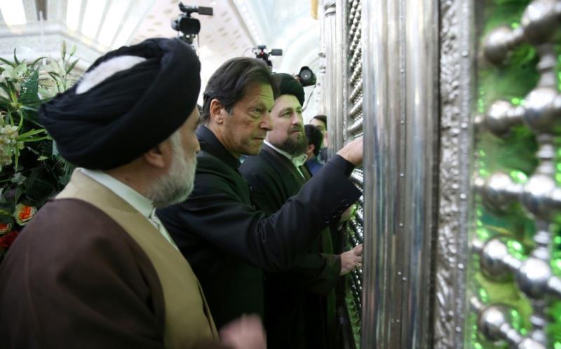 رئيس وزراء باكستان يزور مرقد الامام الخميني