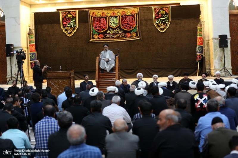 مراسیم عزاء بمناسبة الاربعينية الحسينية في الحرم المطهر للأمام الخميني (قدس سره)