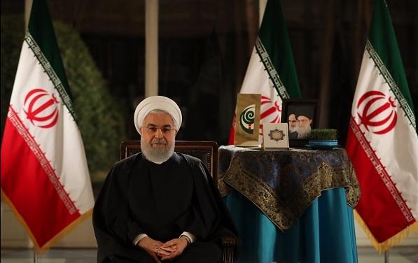 الرئيس روحاني : باتحاد الشعب وتلاحمه سيندحر الحظر على ايران