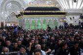 مراسم (عشية الغرباء) الحسينية في حرم الامام الخميني (قدس سره)