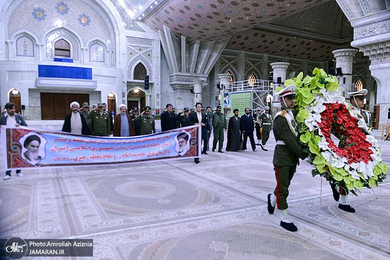 مدراء منظمة حفظ و نشر قیم الدفاع المقدس فی الجیش یجددون العهد مع الامام الخمیني
