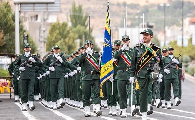 الحرس الثوري مؤسسة نابعة من صلب المطالب الثورية للشعب والفكر الثاقب للامام الخميني
