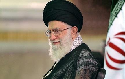 مقولة الإمام الخميني بأن التعليم مهنة الأنبياء مستقى من كلام القرآن