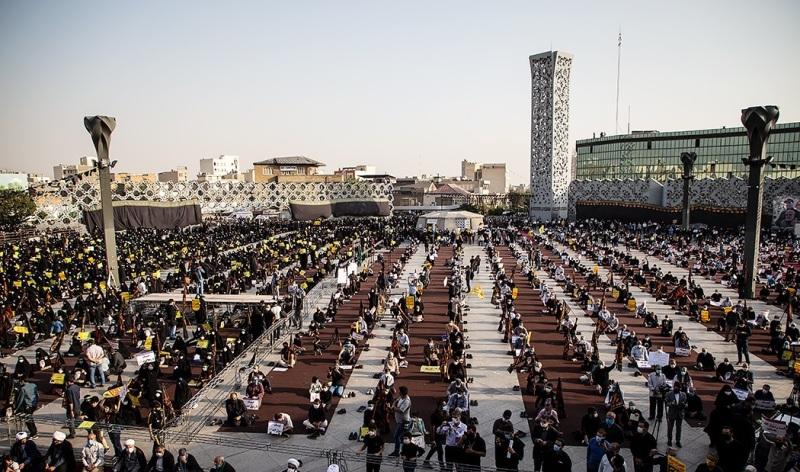 الشعب الايراني يندد بجريمة الاساءة الى الرسول الأعظم (ص)