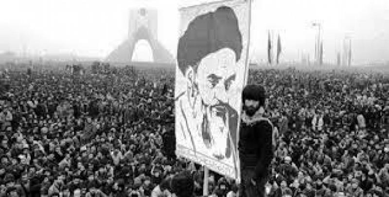 ايُّ نظام عالمي موافق للثورة الاسلامية؟